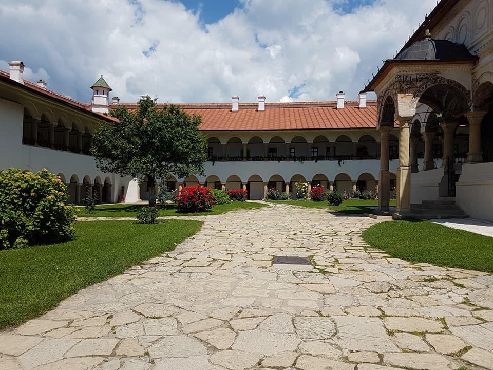 Manastirea-Horezu-10