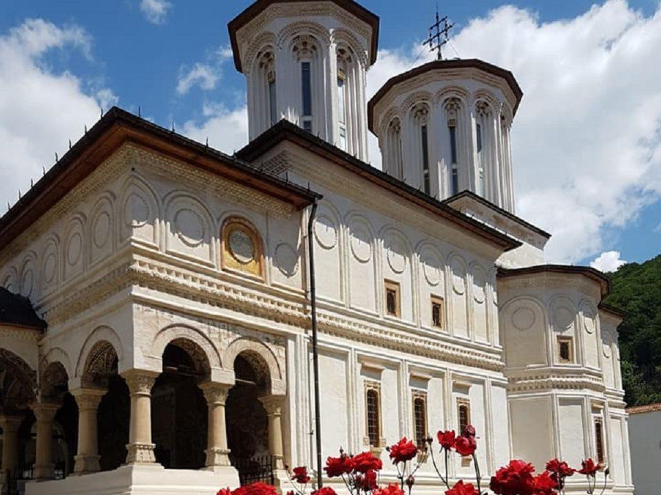 Manastirea-Horezu-1